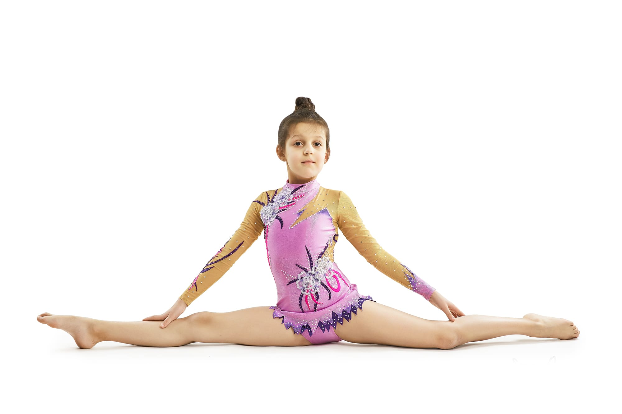 The gymnast in twine in lilac, dark purple, magento gymnastics leotard № 165 for competitions